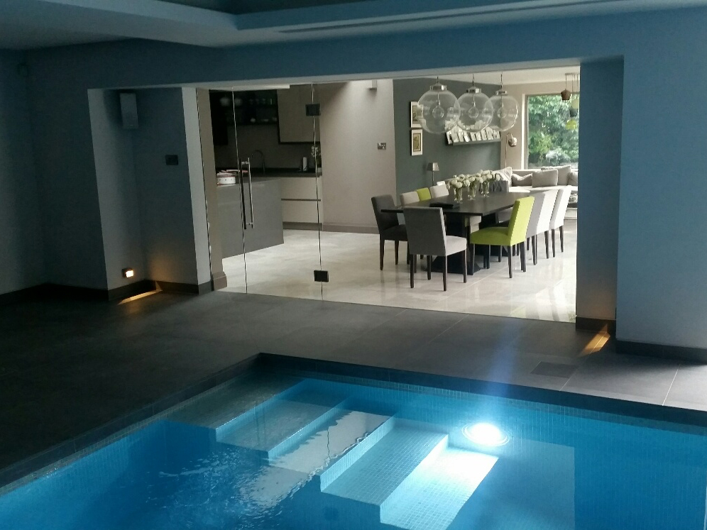 Bramhall QS private pool